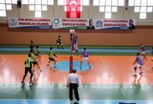 Akkuş Belediyespor Dolu Dizgin: 3-0