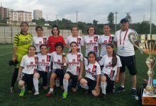 Ünyeli Kızlar İlk Kupasını Aldı